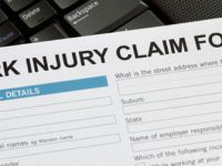 5 Things You Need to Consider While Choosing a Workplace Injury Lawyer